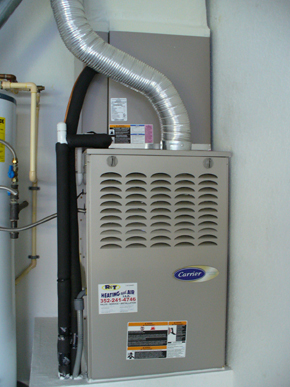 Carrier - Central Air Conditioning Unit